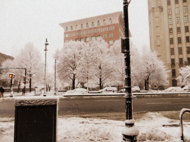 snow-in-the-city-2016